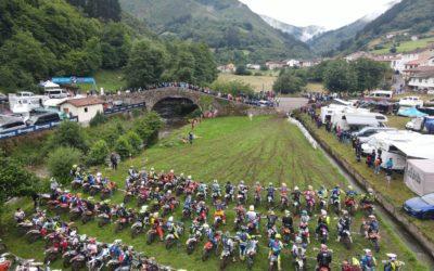 300 riders disfrutan haciendo EN-DU-RO en Tuña